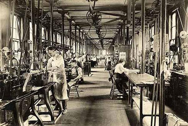 deuber story 01 factory Die Dueber Hampden Story